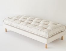 Matelas pure laine, made in France, en vente chez Landmade