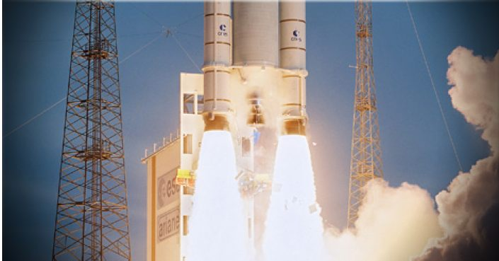 Moteurs à propulsion solide d'Ariane 5. © Safran-Herakles