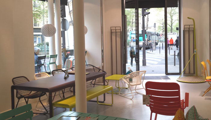 meubles de jardin made in france nouvelle boutique fermob paris la fabrique hexagonale. Black Bedroom Furniture Sets. Home Design Ideas