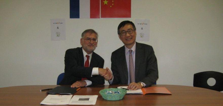 Signature de l'accord entre Inovia et CGN. © Sud-Ouest/M. M.