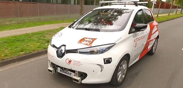 """Des Renault Zoé autonomes """"made in France"""" sur routes ouvertes, à Rouen"""