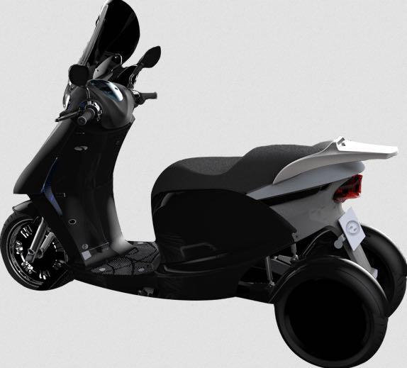 """Eccity Model3 : un scooter trois roues électrique et """"made in France"""""""