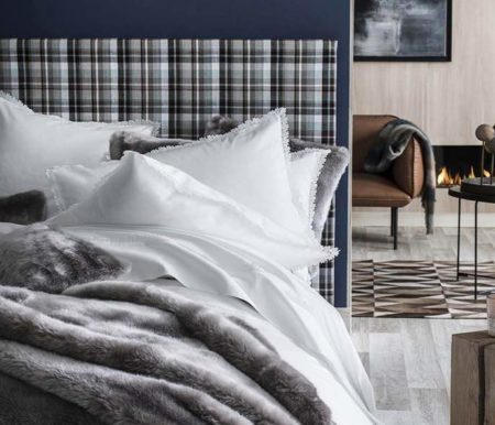 Parure de lit fabriquée en France par Alexandre Turpault.
