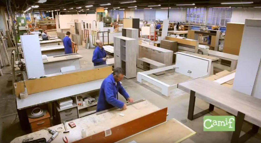 """L'entreprise Parisot fabrique ses meubles """"meublants"""" en France, en Burgogne."""