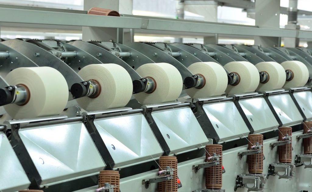 L'industrie de textile recommence depuis peu à recréer des emplois en France, après des dizaines d'années de fermetures d'usines.