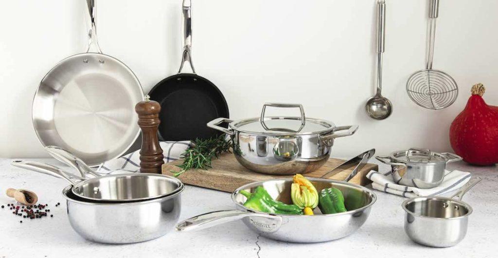 Gamme Castel Pro de chez Cristel : ustensiles de cuisine haut de gamme, professionnels et made in France.