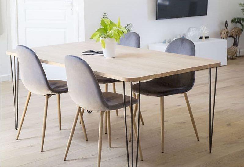 Ripaton fabrique en France des pieds de table métalliques.