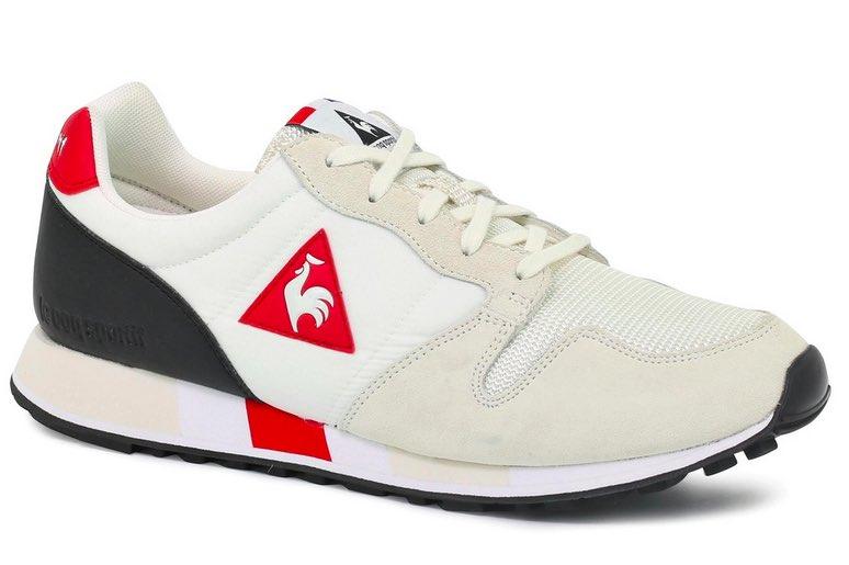Chaussures Omega pour la course, fabriqués en France par Le Coq sportif.