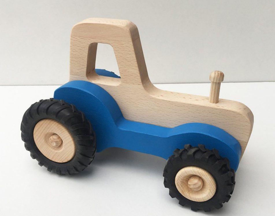 Tracteur jouet en bois, fabriqué en France, en Bourgogne, par Fraise & Bois.