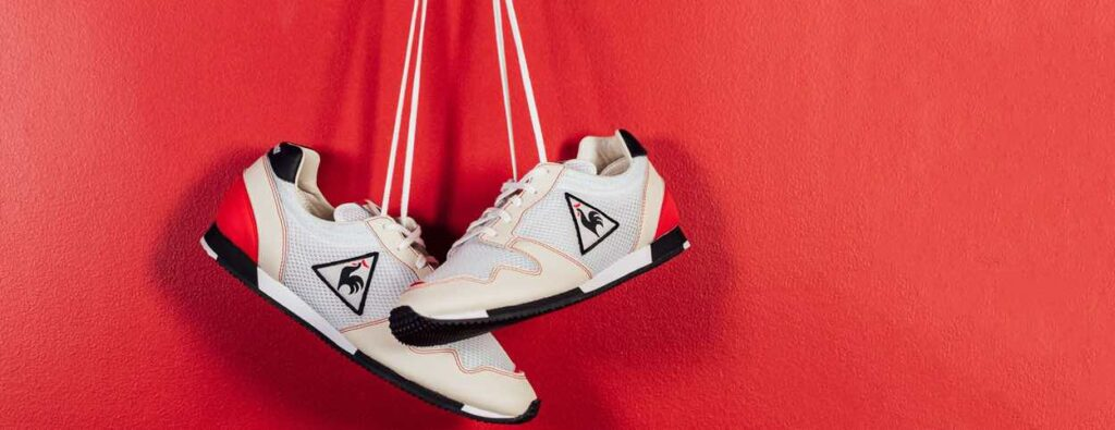 Running Le Coq Sportif made in France.