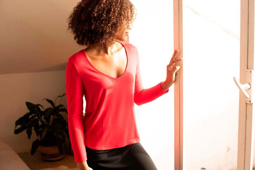 Les vêtements et accessoires pour femme Thelma-Rose sont intégralement fabriqués en France.