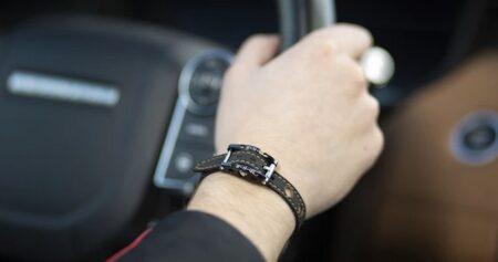 Bracelet homme en titane et tissu fabriqué en France. BRM Luxury.