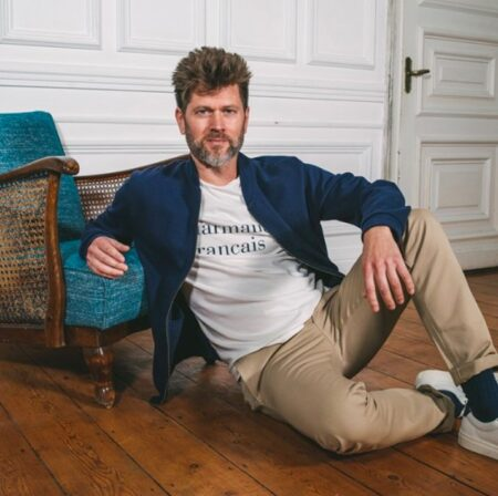 Veste, t-shirt, pantalon chaussettes et baskets homme, fabriquées en France. La Gentle Factory.