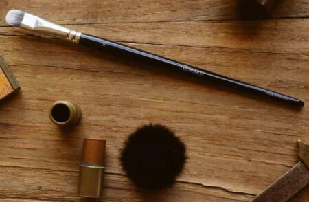 Pinceau maquillage Léonard, fabriqué en France, en Bretagne.